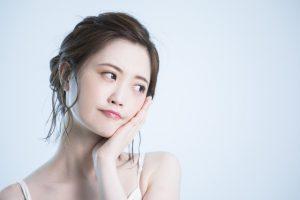 顔に角質がたまる…多い…原因と落とし方・除去方法5個