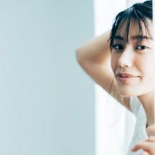 朝の顔がテカテカ…テカテカ肌の対策は?洗顔・スキンケア